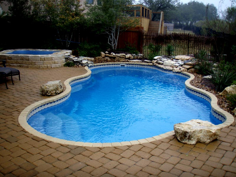 A plus pools custom pool tile from oregon 39 s premier for Viking pools