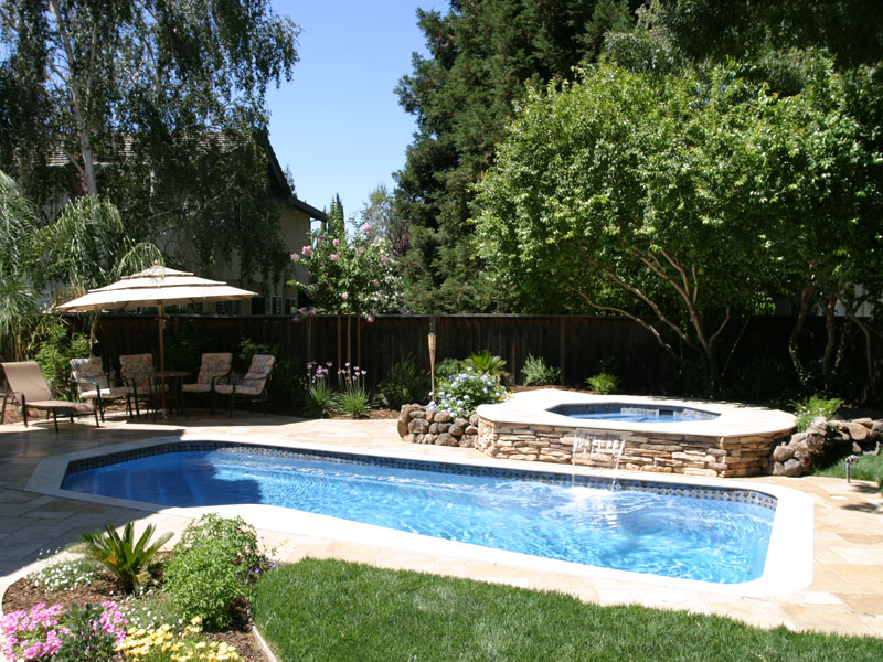 A Plus Pools Custom Shaped Pools From Oregon 39 S Premier Viking Pools Dealer For Southern Oregon
