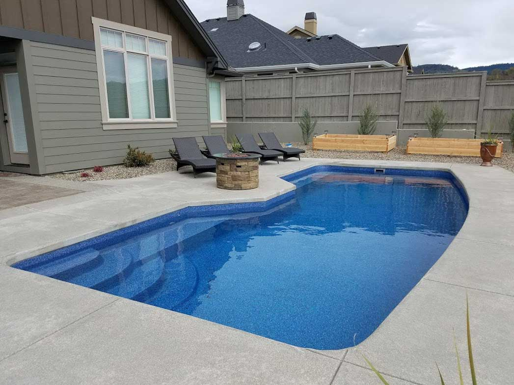 A plus pools swimming pool photo gallery from oregon 39 s for Pacific pools